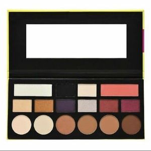Complete Sculpting and Eyeshadow Palette